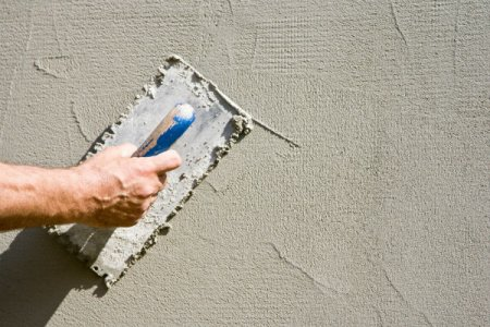 How Serious is a Stucco Crack